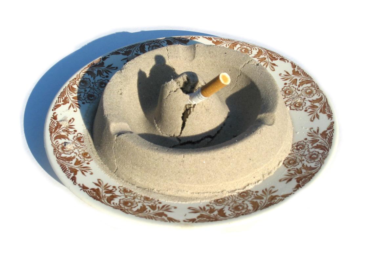 Sandy ashtray | 2003